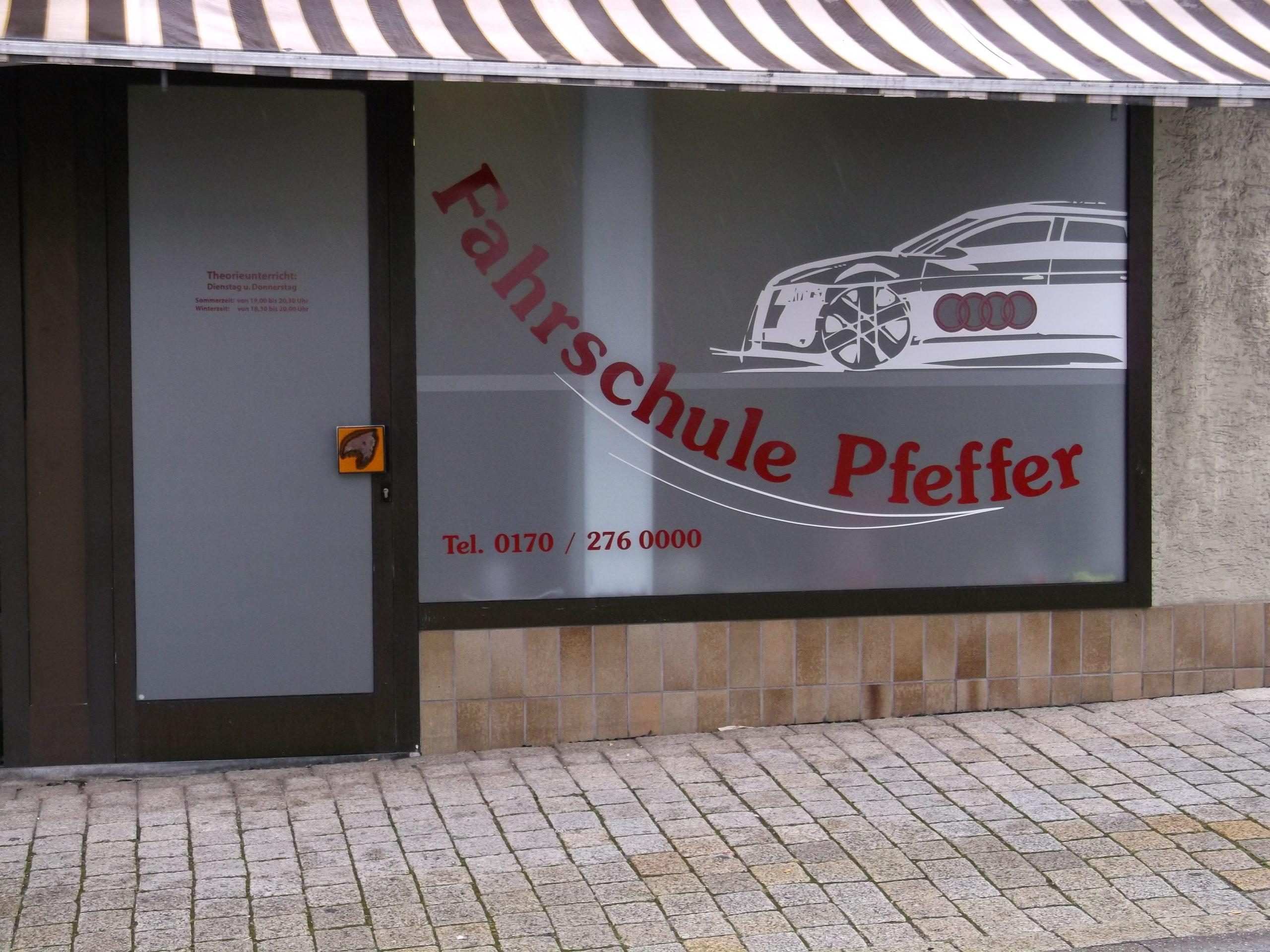 Fahrschule Pfeffer - Grafik&Beschriftung